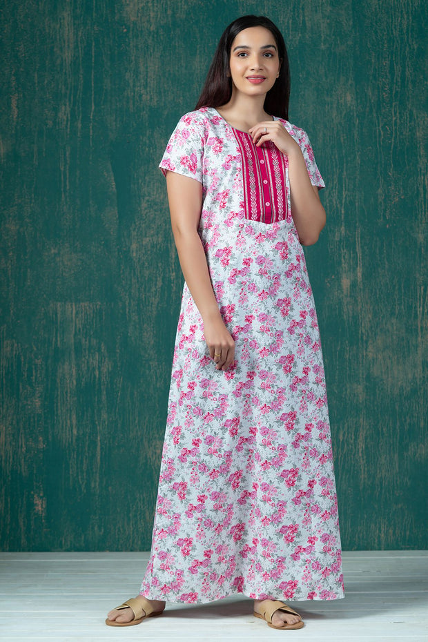 All Over Cluster Floral Printed Nighty Wear - Pink