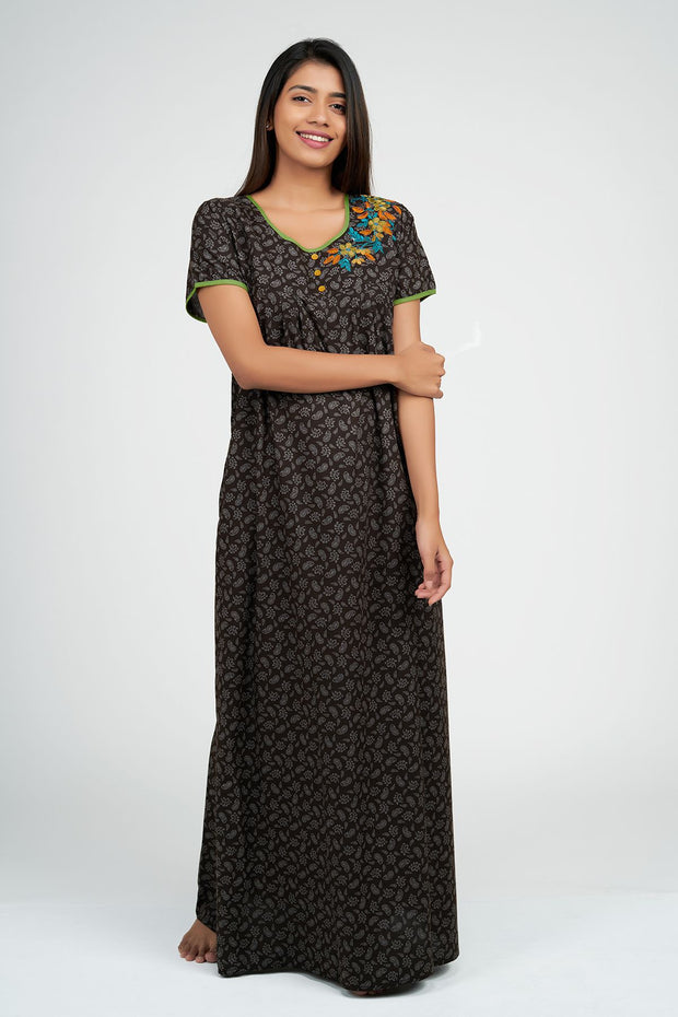 Maybell-Paisley all over nighty - Brown
