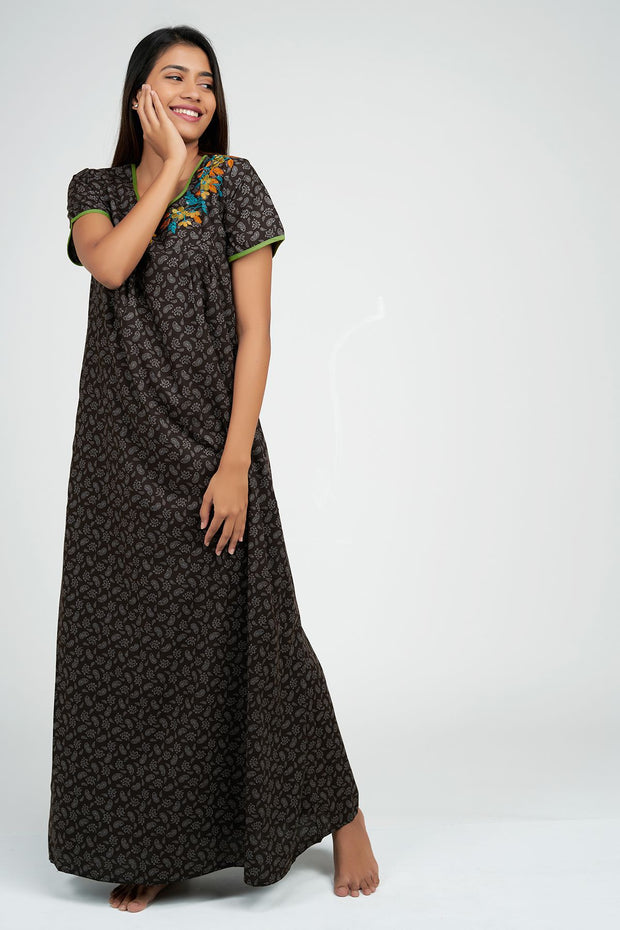 Maybell-Paisley all over nighty - Brown2