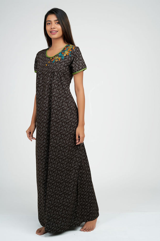 Maybell-Paisley all over nighty - Brown3
