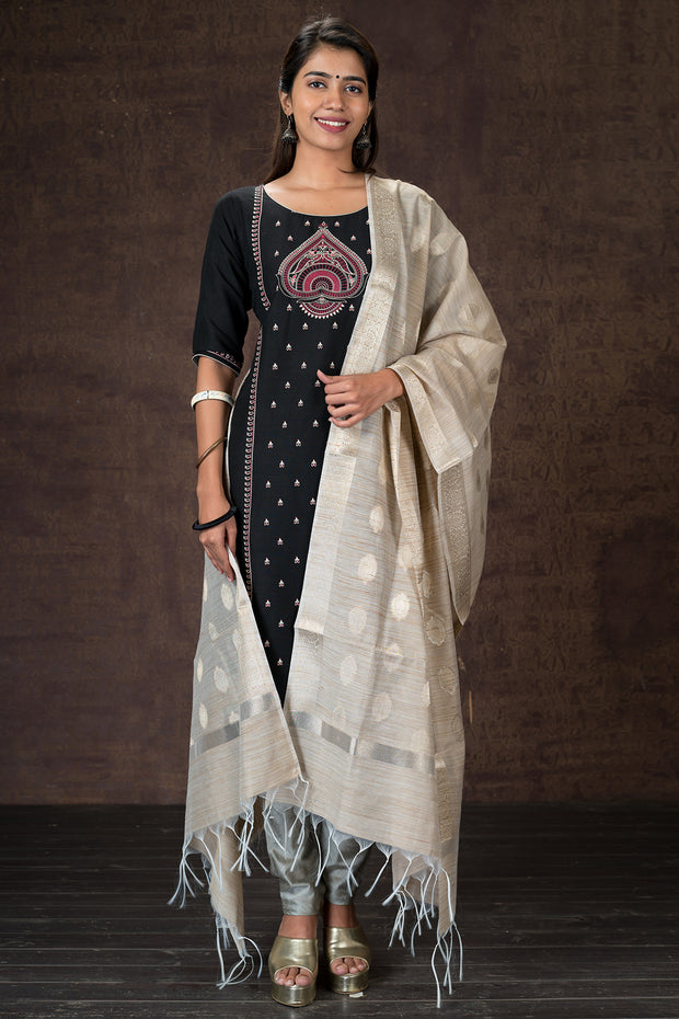 Beautiful paisley printed kurtha and dupatta set - Black and Grey