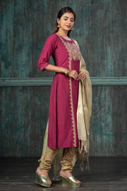 Festive Damask Placement Printed Kurta Set - Magenta & Gold
