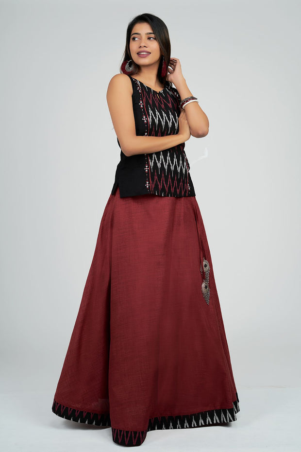 Maybell-Plain skirt with ikat top - Black & Maroon3