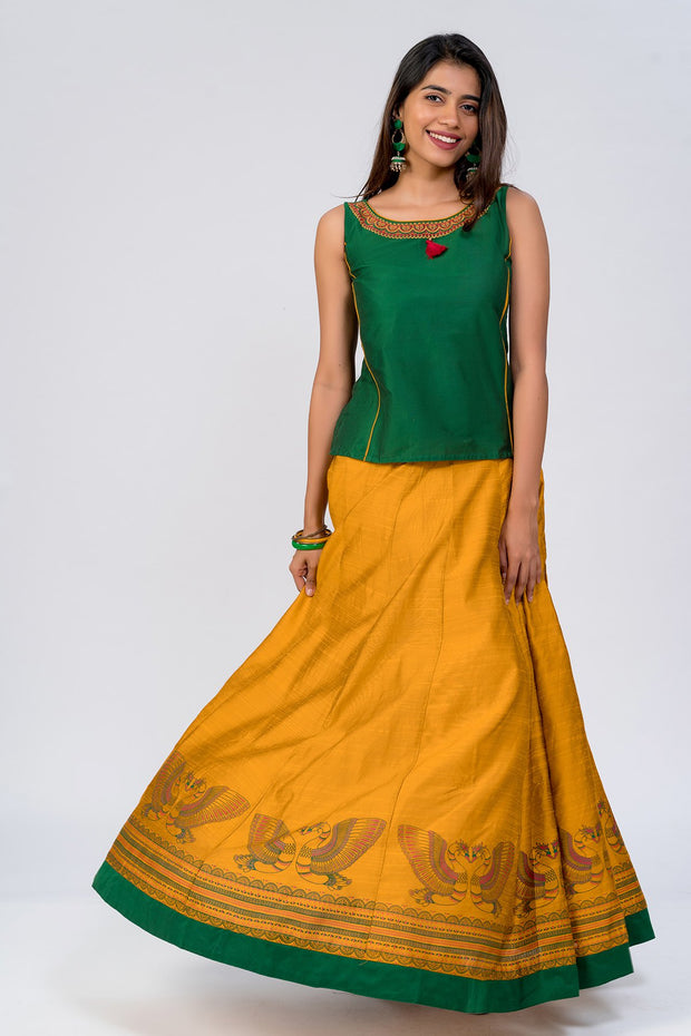 Maybell-Traditional swan printed skirt set - Green & Yellow3