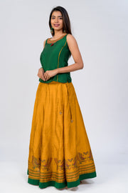 Maybell-Traditional swan printed skirt set - Green & Yellow4