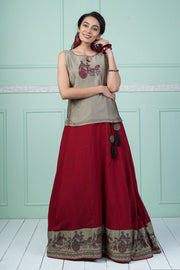 Chariot Printed Skirt & Top Set - Maroon & Grey