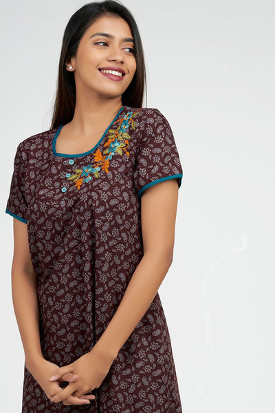 Maybell-Paisley all over nighty - Magenta1