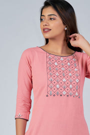Maybell-Floral embroidered kurta - Peach1