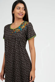Maybell-Paisley all over nighty - Brown1