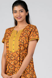 Maybell-Cotton printed nighty - Orange3