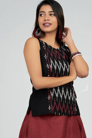 Maybell-Plain skirt with ikat top - Black & Maroon1