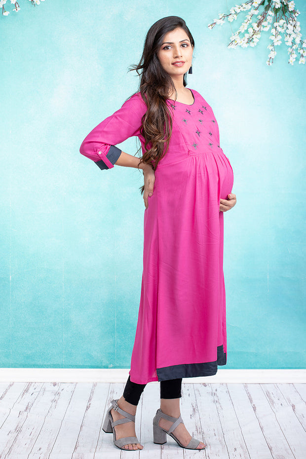 Geometric Floral Embroidered Maternity & Nursing Kurta – Pink - Maybell Womens Fashion