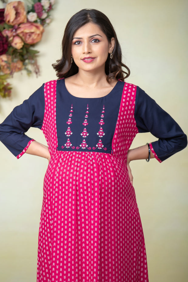 Abstract Geometric Printed Maternity & Nursing Kurta – Pink - Maybell Womens Fashion
