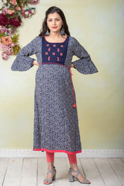 All Over Paisley printed maternity kurta - Navy