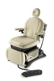 Midmark 641 Podiatric Chair