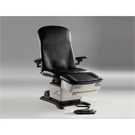 MIDMARK 646 PODIATRY CHAIR  - Examination Chair
