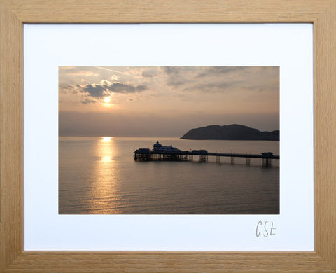 'Llandudno Pier at sunrise' print