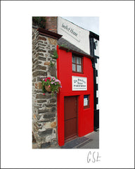 Picture of the Smallest House, Conwy