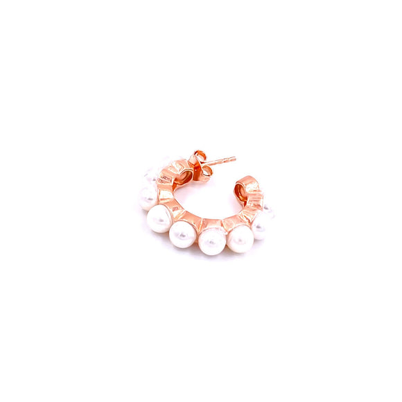 Thick Pearl Huggie Earring
