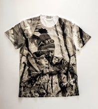 Load image into Gallery viewer, Stuart Semple x Moncler (pilgrim t-shirt)