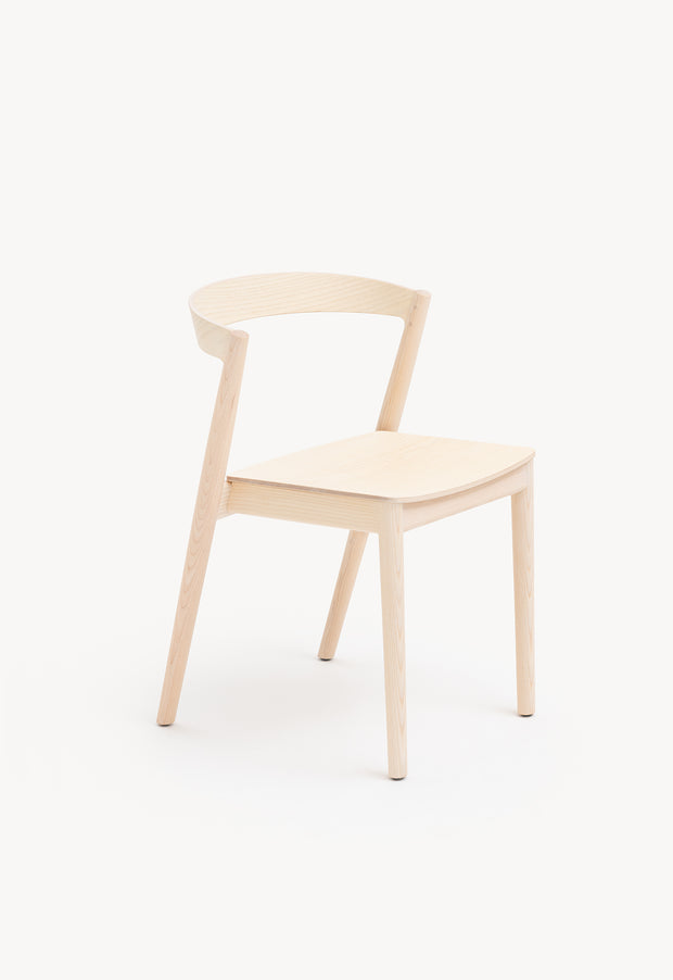 Kurvi Chair