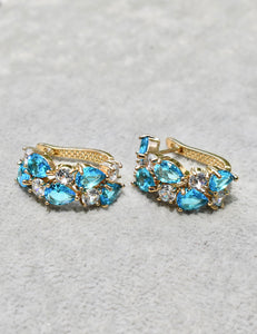 Izra Earrings (cyan)