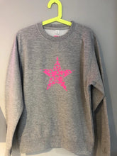 Load image into Gallery viewer, Neon Pink Leopard Star Sweatshirt