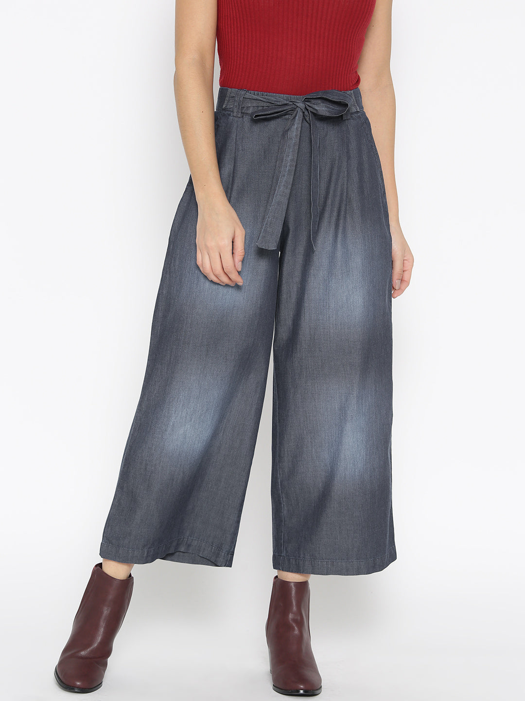 Women Navy Blue Solid Washed Chambray Regular Fit Culottes