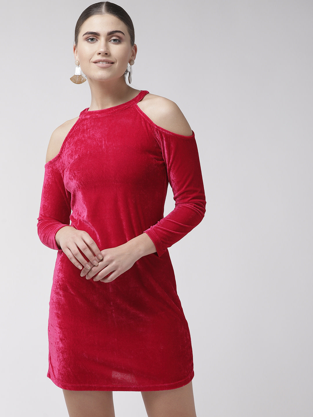 Women Pink Solid Velvet Finish Sheath Dress