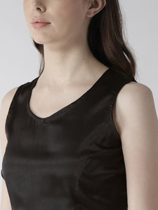 Women Black Solid Satin Finish Crop Top