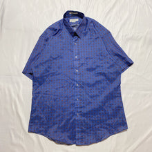 Load image into Gallery viewer, blue design shirt