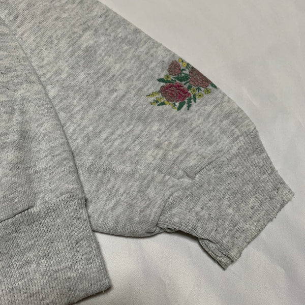 flower design gray sweatshirt