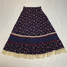 Load image into Gallery viewer, flower design navy skirt