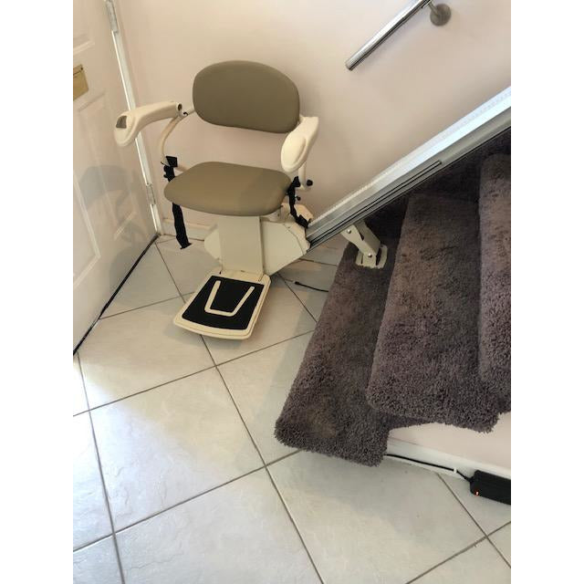 Refurbished USA Made Pinnacle Stair Lift - Free In-Home FedEx Delivery, Free Rail Customization, & Free 24/7 Tech and Installation Support