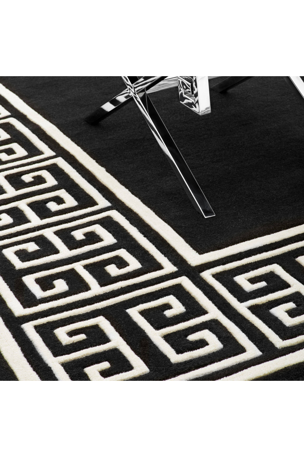 Black & Off-White Rug | Eichholtz Apollo (6x8)