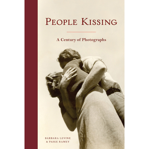 People Kissing Barbara Levine, Paige Ramey