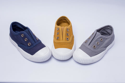 OPOEE No-Shoelace Canvas Trainers - Offspring
