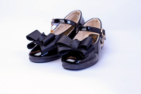 XIAOSHUOSHI Patent leather shoes with bow detail - Offspring