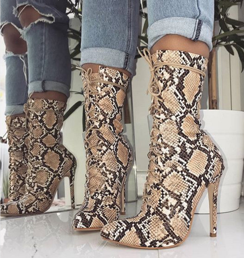 Stylish Snake Design Ankle Boots