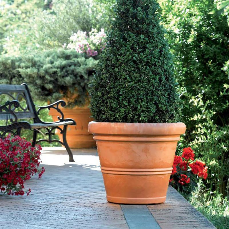 Chianti UV-Protective Resin Planter Pot, Terracotta, 20x24 Inches