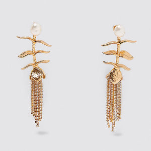 DELIGHT DIVERT DANGLES COLLECTION