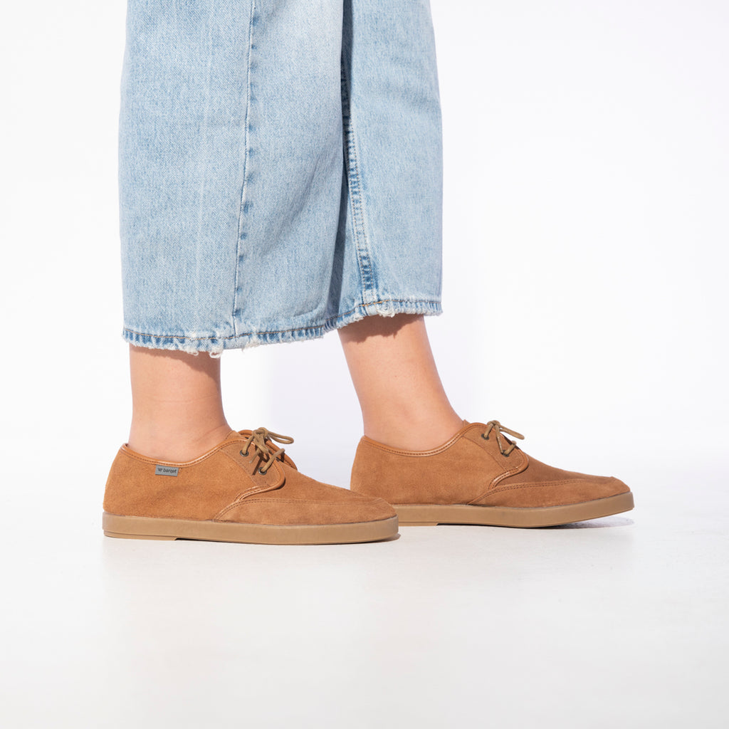 barqet axioma basic brown suede