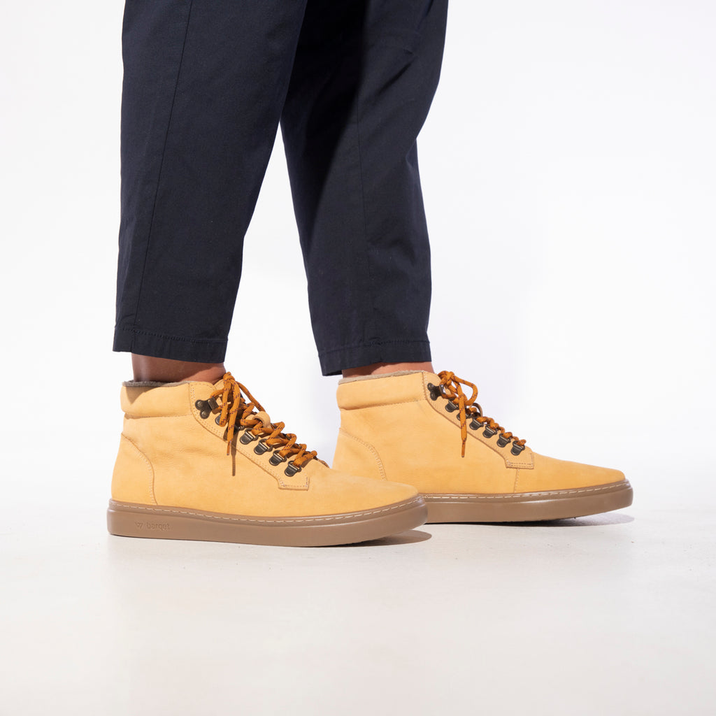 barqet pardigma high hiking peach nubuck