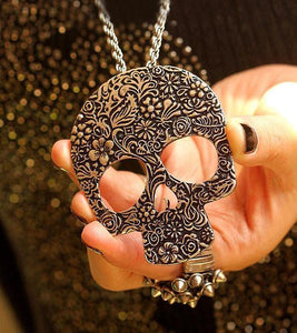 Retro Punk Skull  Printed Pendant& Sweater Necklace - xikeoo