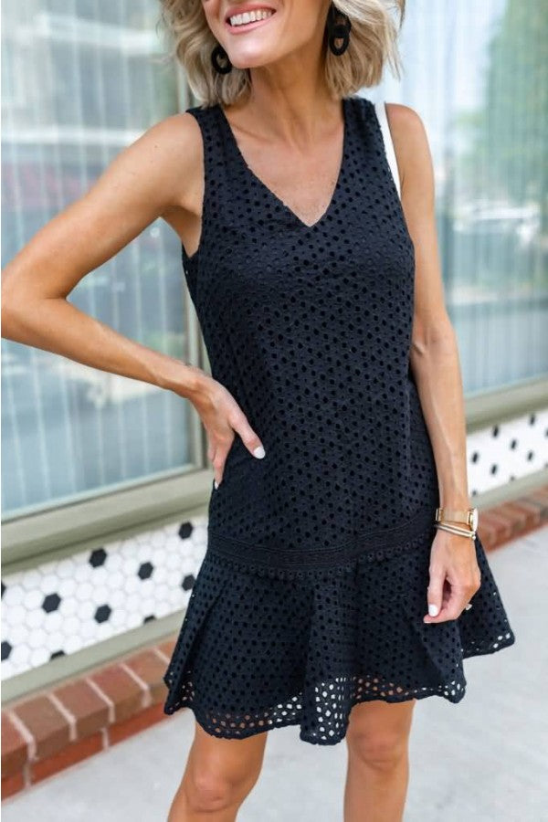 Black V Neck Sleeveless Hollow Out Casual Dress