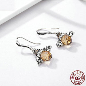 Lovely Little Bee Lady Earrings Zircon Personality Animal Stud Earrings