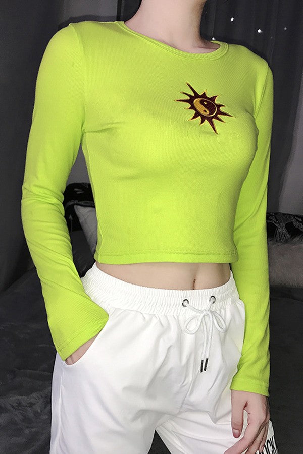 Light-green Graphic Print Round Neck Long Sleeve Cute Crop Top