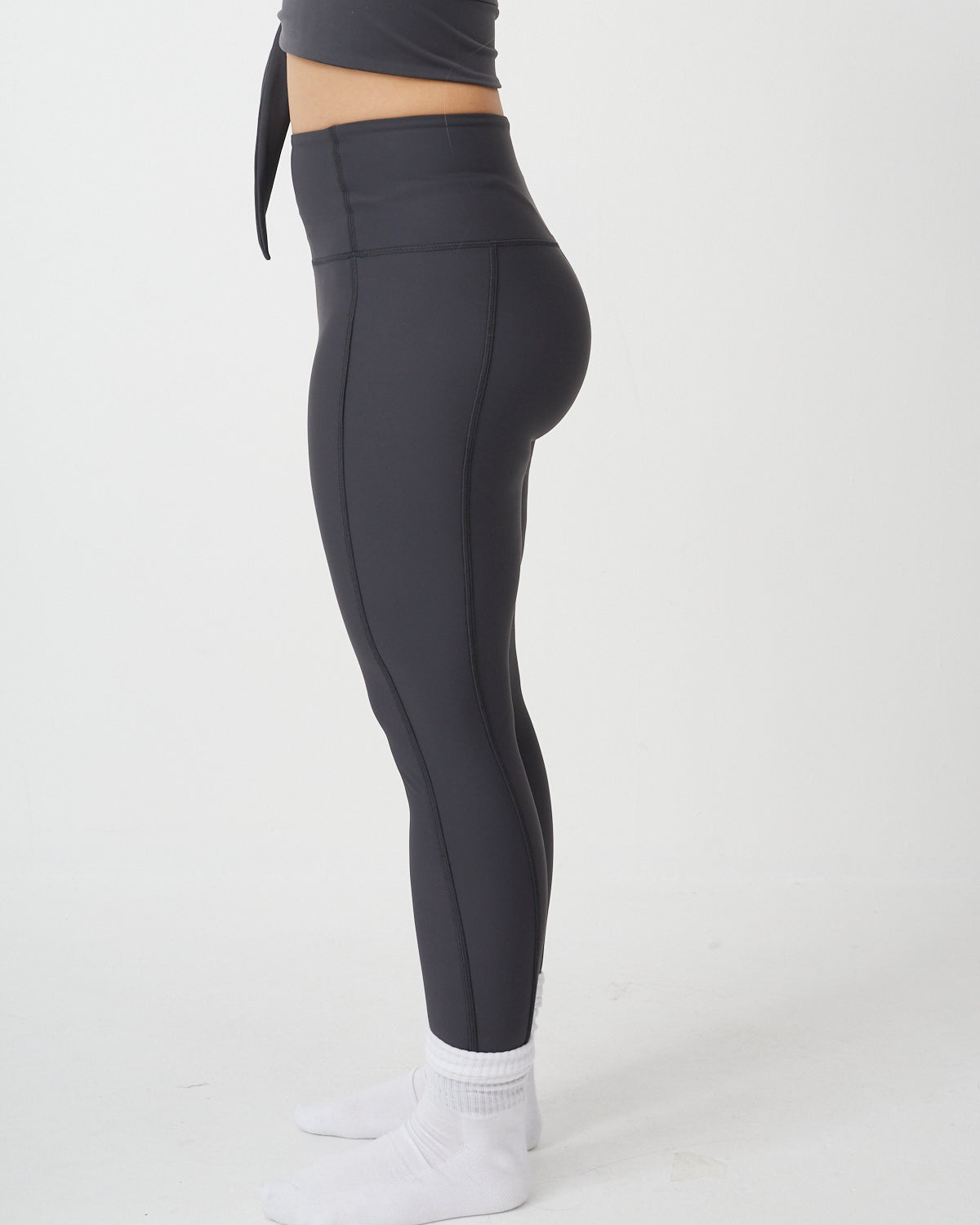 High Waist legging in Charcoal 7/8 - PRE ORDER