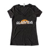 WKND EVERYDAY WOMENS SILHOUETTE V-NECK TEE