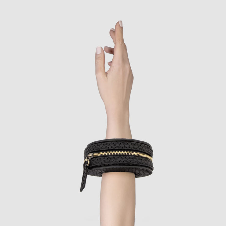 Carlinga Wrist Bag - Kowli Shop